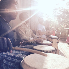 Drumming session - live music
